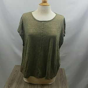 Madewell cut off sleeve top size M in olive